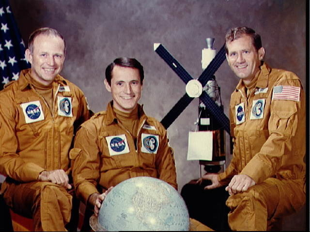 Official photo of the Skylab 4 crew of (l to r) Gerald Carr, Edward Gibson, and William Pogue.